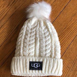 White cable stitch hat with Pom Pom